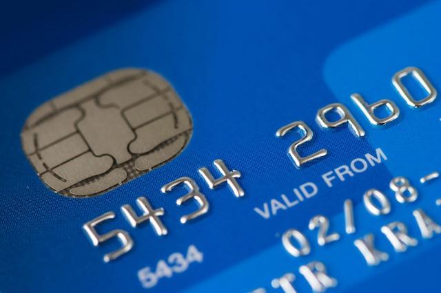 Přehledné srovnání kreditních karet